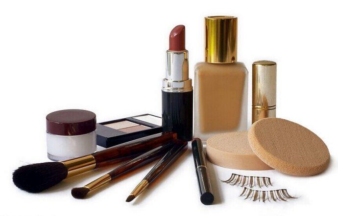《化妆品中甲巯咪唑的检测 高效液相色谱法》征求意见