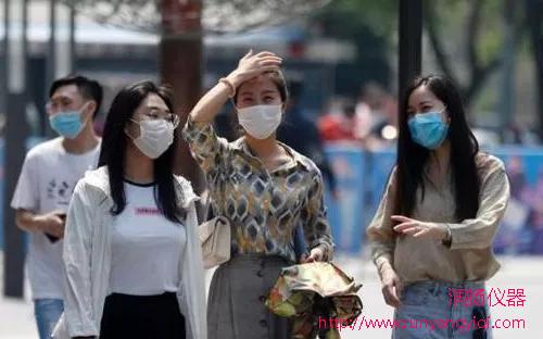 润扬口罩检测仪器 | 天热口罩怎么戴?环境条件是关键